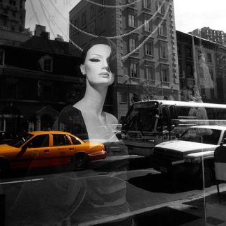 IN30832 - PhotoINC Studio - Urban Reflection