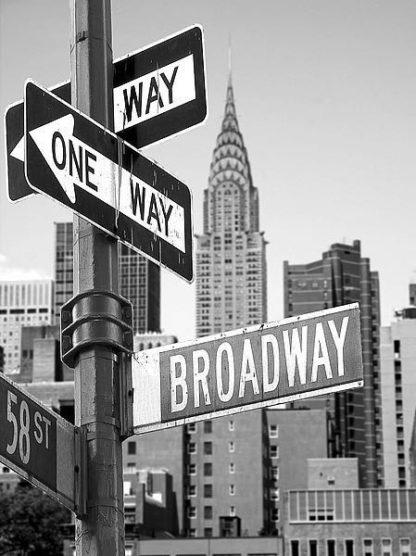 IN31391 - PhotoINC Studio - Broadway