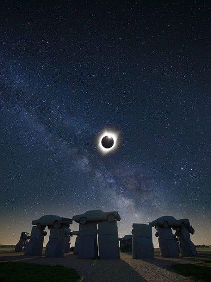 O299D - O'Dell, Dale - Eclipse at Carhenge