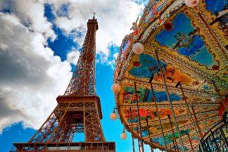 La Tour et Le Carrousel